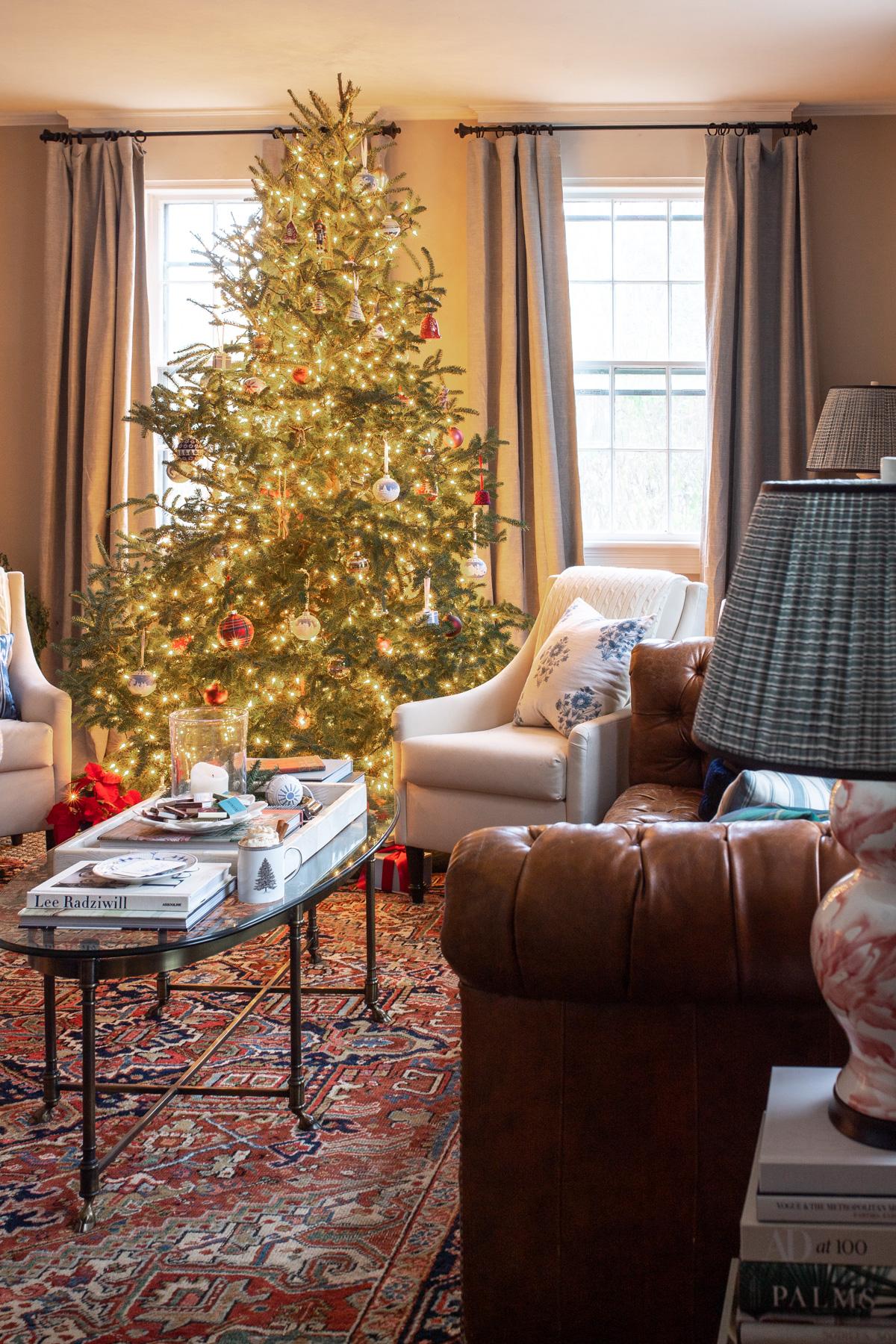 Stacie Flinner x New England Holiday Decorations-17.jpg