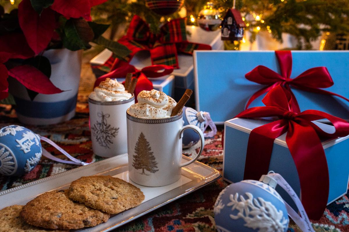 Stacie Flinner x New England Holiday Decorations-5.jpg