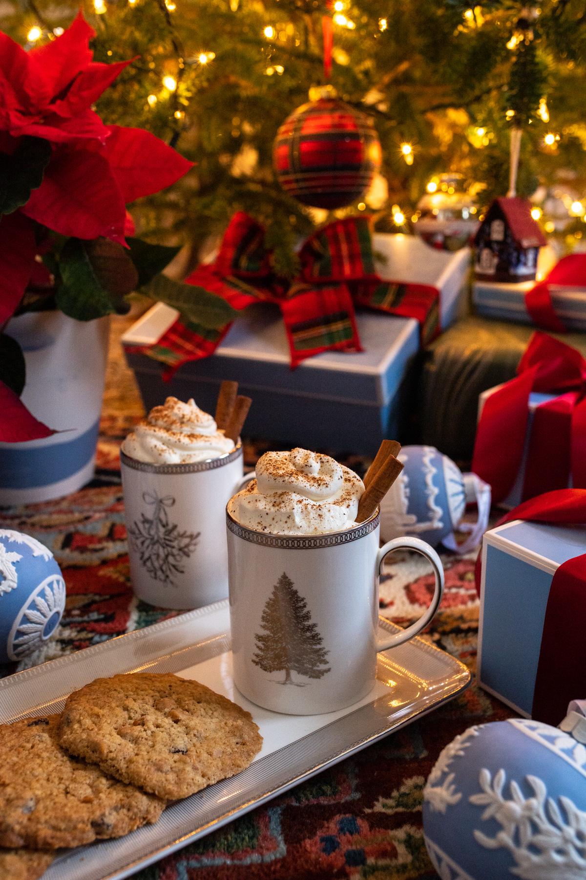 Stacie Flinner x New England Holiday Decorations-9.jpg