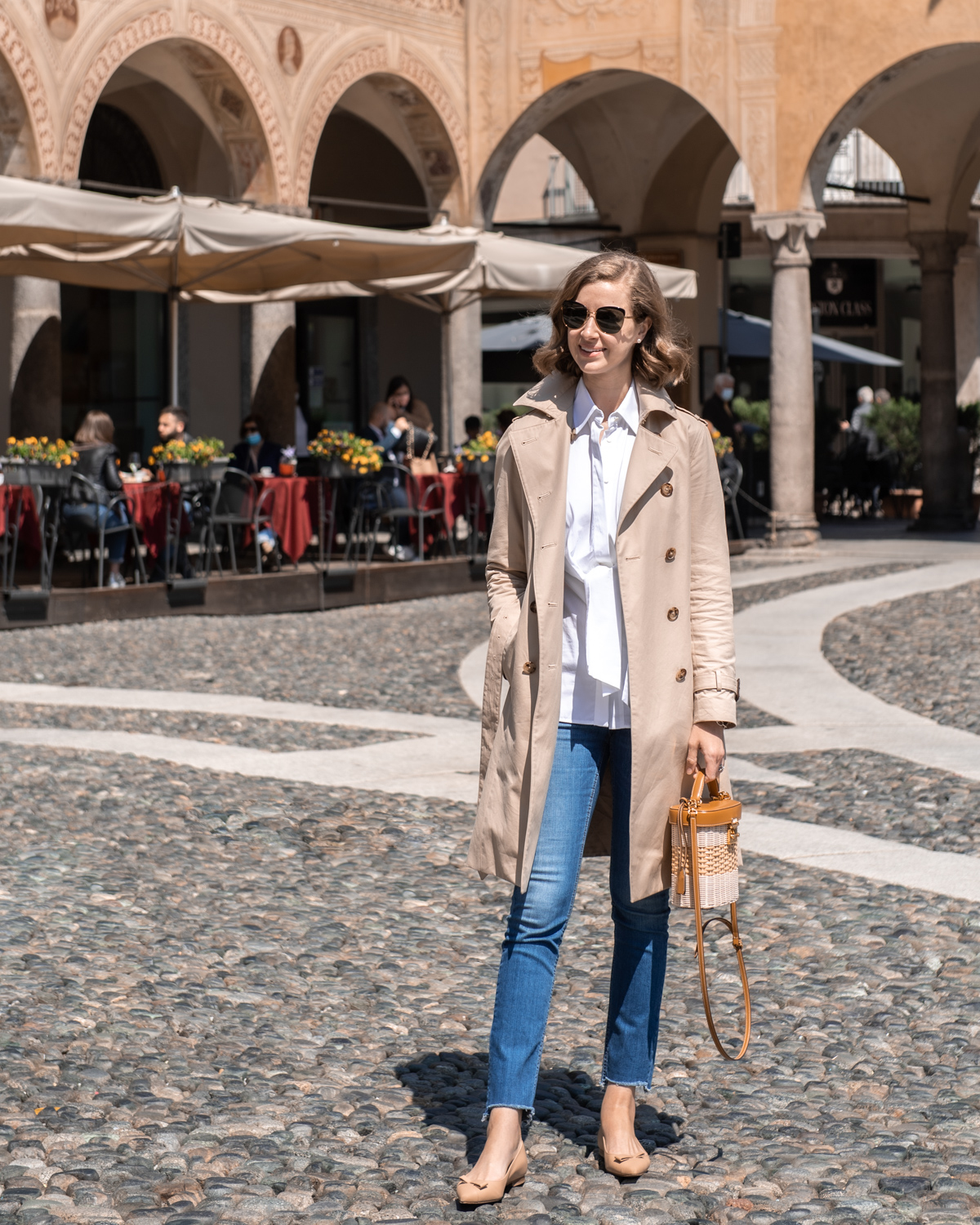 Stacie Flinner Daily Look Brooks Brothers Trench Coat
