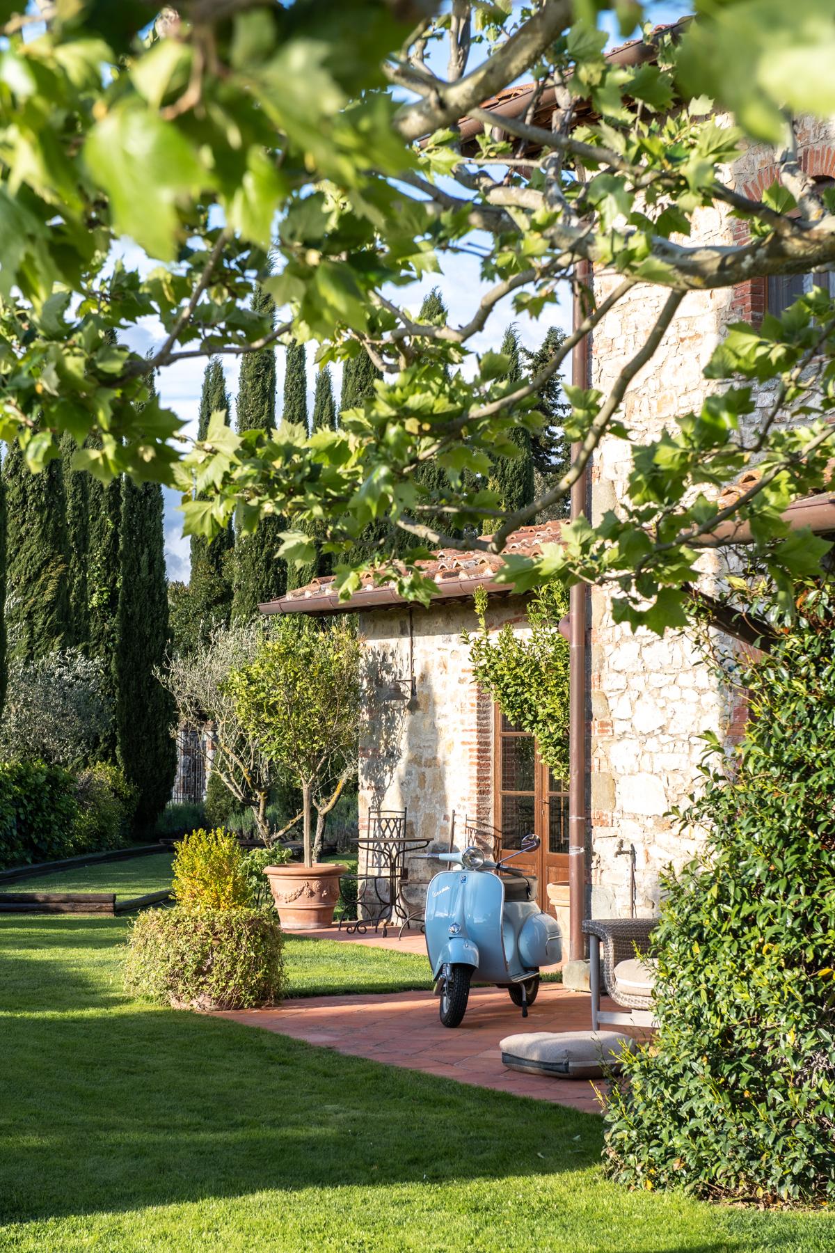 Stacie Flinner x Cuvee Tuscan Farmhouse Tuscany Italy Guide-12.jpg