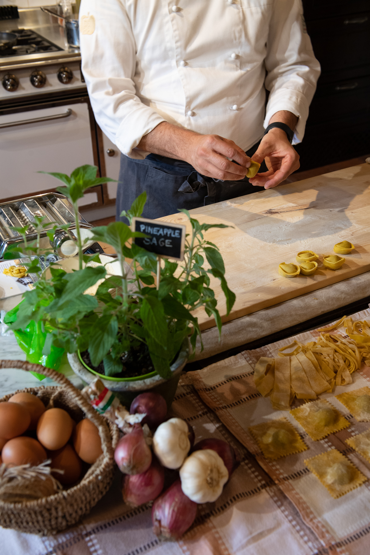 Stacie Flinner x Cuvee Tuscan Farmhouse Tuscany Italy Guide-5.jpg