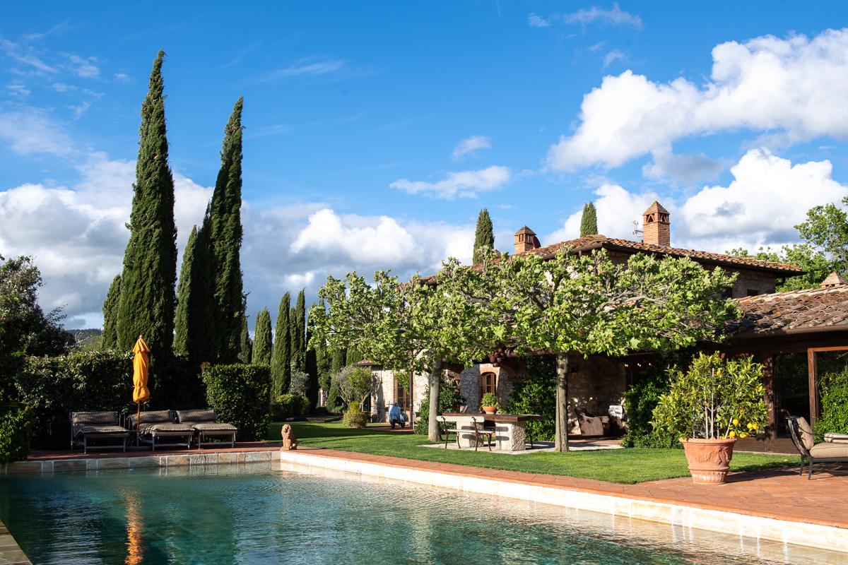 Stacie Flinner x Cuvee Tuscan Farmhouse Tuscany Italy Guide-8.jpg
